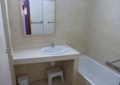 11-bath-bathroom-no-3