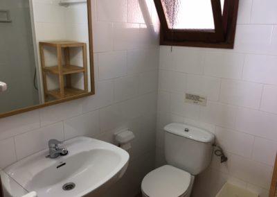 6-bath-bathroom-no24