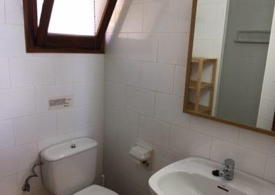 8-schower-bathroom-no-23