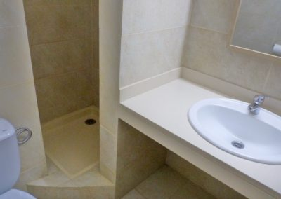 2nd Bathroom Nº8